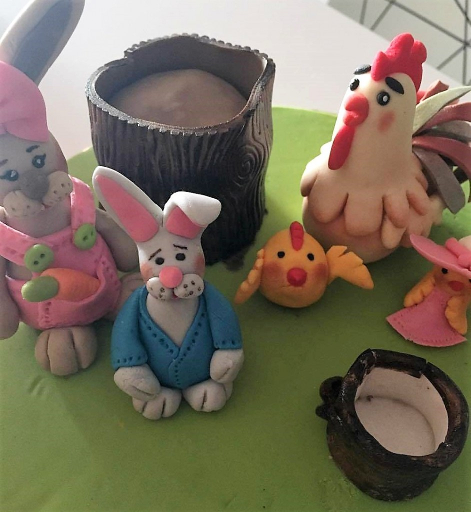 Easter Cake Decorations_edited