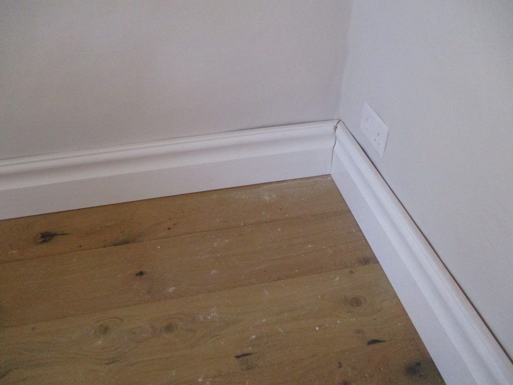 Exhibition boards + skirting (3)