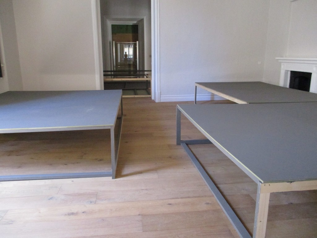 Exhibition boards + skirting (5)