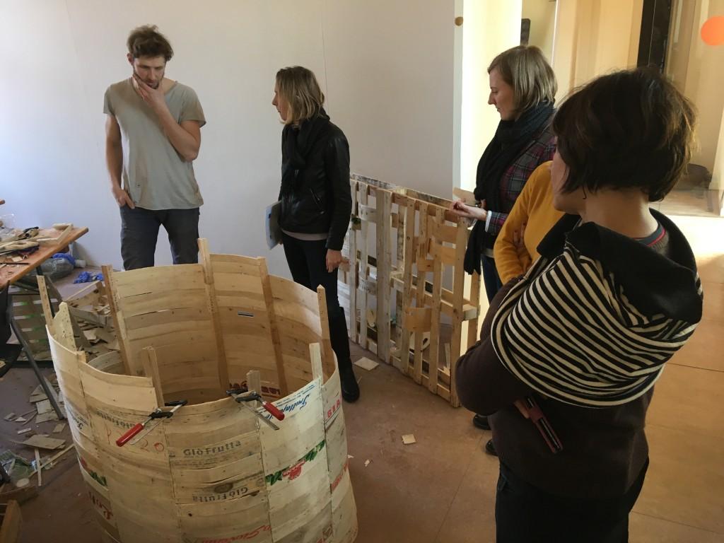 Curators Francesca Comisso and Luisa Perlo from A.Titolo Association giving their feedback to artist Mykolas Sauka.