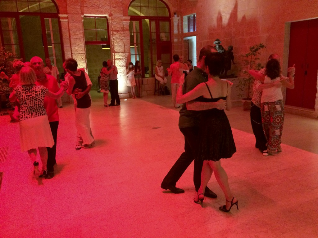 milonga-at-courtyard-photos-by-mario-borg-2